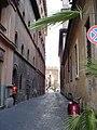 Vicolo del Campanile in Rome 01.jpg