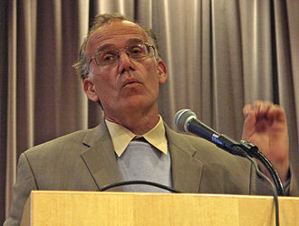 Victor Davis Hanson - Hanson giving a lecture at Kenyon College in May 2005