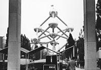 Világkiállítás (EXPO 58), Heysel park, Atomium emlékmű. Fortepan 77988.jpg