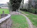 Villa di lappeggi, rampa scalinata dx 03.JPG