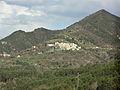 Village perché de La Rochette, vu de Saint-Pierre (Alpes-de-Haute-Provence).JPG