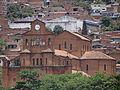Vista frontal Templo de la Parroquia El Calvario. Medellín. Colombia.JPG