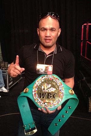 Jesse James Leija - Leija with the WBC title, 2013