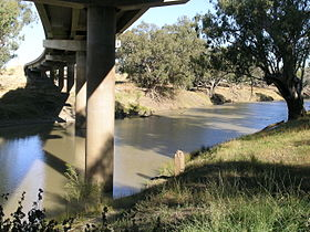 Walgett Dick O'Brien Bridge.jpg