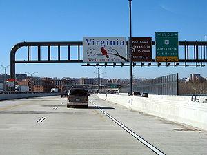 Entering Virginia on I-495/I-95 (Capital Beltw...