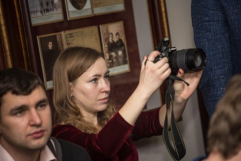 Аліна Возна, фотографка