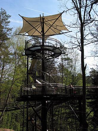 Palatinate Forest-North Vosges Biosphere Reserve - Image: Wipfelpfad Turm