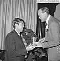 World Press Photo 1964 , de Prins reikt de prijs uit, Bestanddeelnr 917-2527.jpg