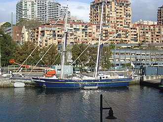 Brooke Marine - STS Young Endeavour in 2007
