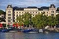 Zürich - Bellevue - Stadthausquai IMG 0530.JPG