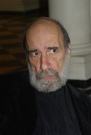 Raúl Zurita - at the Biblioteca Nacional de Santiago, 25 April 2013