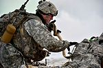 '3 Geronimo' paratroopers execute live-fire 161108-F-LX370-512.jpg
