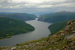 Øvervatnet seen from the region of Kvanntotinden.jpg