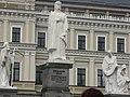 Пам'ятник княгині Ольз 0,4.jpg
