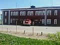 Пожарная автоцистерна выезжает из части, Котлас (02).jpg
