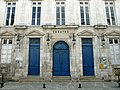 102 - Façade du théatre - Rochefort.jpg