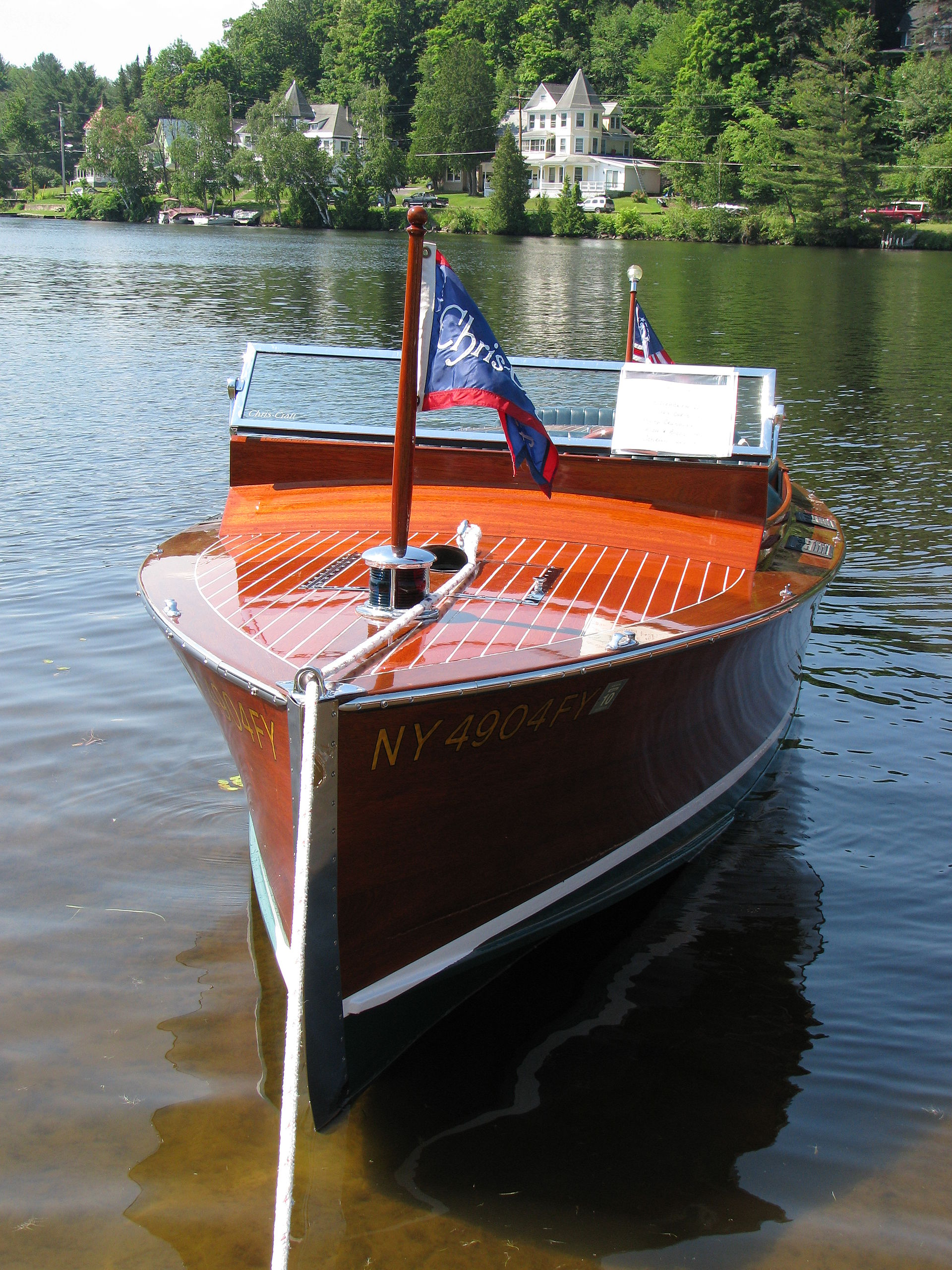 Chris-Craft Boats - Wikipedia