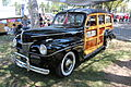 1941 Ford Super Deluxe Woody Wagon (21025483685).jpg