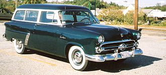 Ford Mainline - Image: 1952 Ford Ranch Wagon