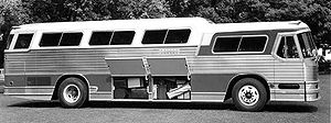 PD-4501 Scenicruiser - 1955 Flxible VistaLiner (VL100)