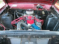 1967 Ford Fairlane Ranchero l6 engine.jpg