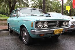 1973 Toyota Corona (RT81) SE sedan (16368890146).jpg