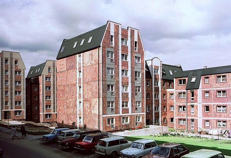 File:19860910300NR Rostock Nördliche Altstadt Auf der Huder.jpg