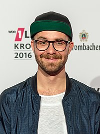 1LIVE Krone 2016 - 1700 - Roter Teppich - Mark Forster-6166.jpg