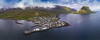 Grundarfjörður - Image: 1 grundarfjörður 2017 aerial pano