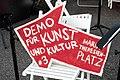 2-Meter-Abstand Demo für Kunst und Kultur Wien 2020-05-29 01.jpg
