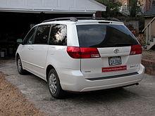 2004u20132005 Toyota Sienna LE (US)