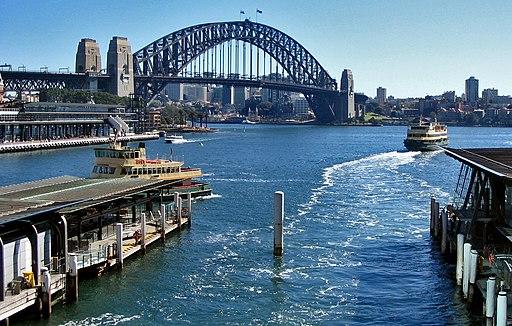 2004 - Circular Quay, Sydney, NSW - panoramio