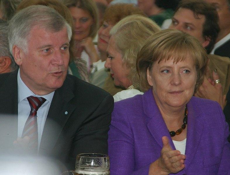 File:2008-06-01 Angela Merkel und Horst Seehofer 01-045.JPG