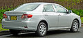 2010-2011 Toyota Corolla (ZRE152R MY11) Ascent sedan (2011-04-28) 02.jpg