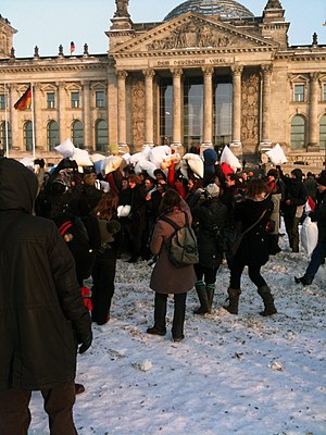 Pillow fight - A pillow fight flashmob in Berlin, Germany