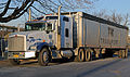 2011 Kenworth T800 Aerocab 6x4 conventional tractor.jpg