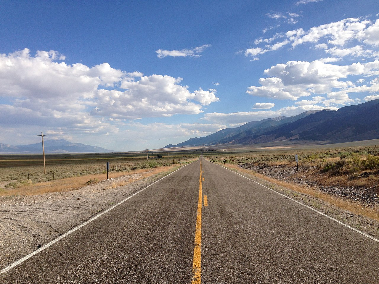 File:2014-08-09 16 58 01 View south along Nevada State ...