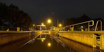 20141104 Sluis III Noord-Willemskanaal De Punt-Vries Dr NL (2).jpg