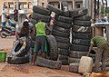 2016.08-444-044bp2 tyre,stack,washing,cleaning Ouagadougou,BF sat13aug2016-1636h.jpg