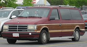 2017 Chrysler Town And Country >> Chrysler minivans - Wikipedia