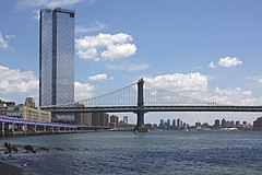 A624, One Manhattan Square and Manhattan Bridge, Manhattan, July 2019.jpg