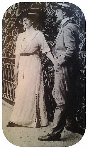 Hector Guimard - Hector Guimard with his wife, Adeline Oppenheim Guimard