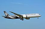 Air New Zealand, Boeing 787-9, ZK-NZF (18139364859).jpg