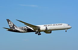 Air New Zealand, Boeing 787-9, ZK-NZF (18139364859).jpg