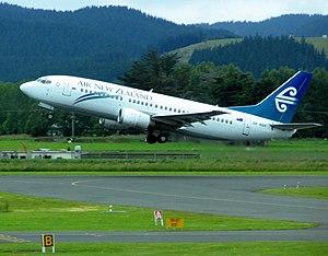 Dunedin Airport - Boeing 737-300 taking-off from Dunedin International Airport