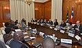 Ambos Mandatarios sostuvieron una reunión ampliada en el Salón del Consejo Presidencial del Palacio Union Buildings (14879388683).jpg