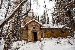 Archangel Michael Chapel, Maloe Lizhmozero 1.jpg