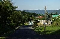 Březí, příjezd do obce II.jpg