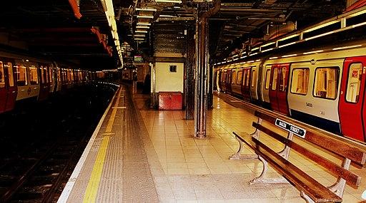 BAKER STREET UNDERGROUND STATION LONDON SEP 2012 (8027075356)