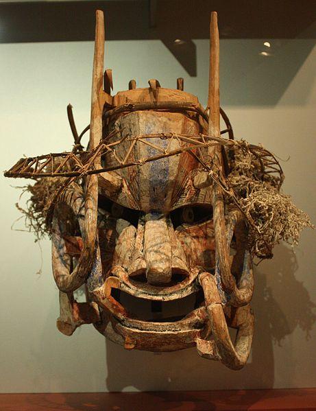 File:BLW Tatuana mask - New Ireland.jpg